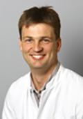 Herr Dr. med. Alexander Bentjen